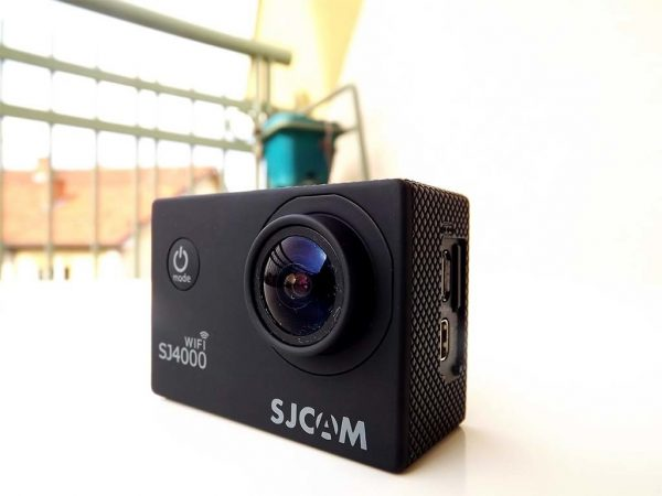 מצלמת אקסטרים SJ4000 חברת SJCAM חיבור WIFI